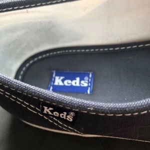 Keds Shoes - Women's keds EUC - Size 9.5
